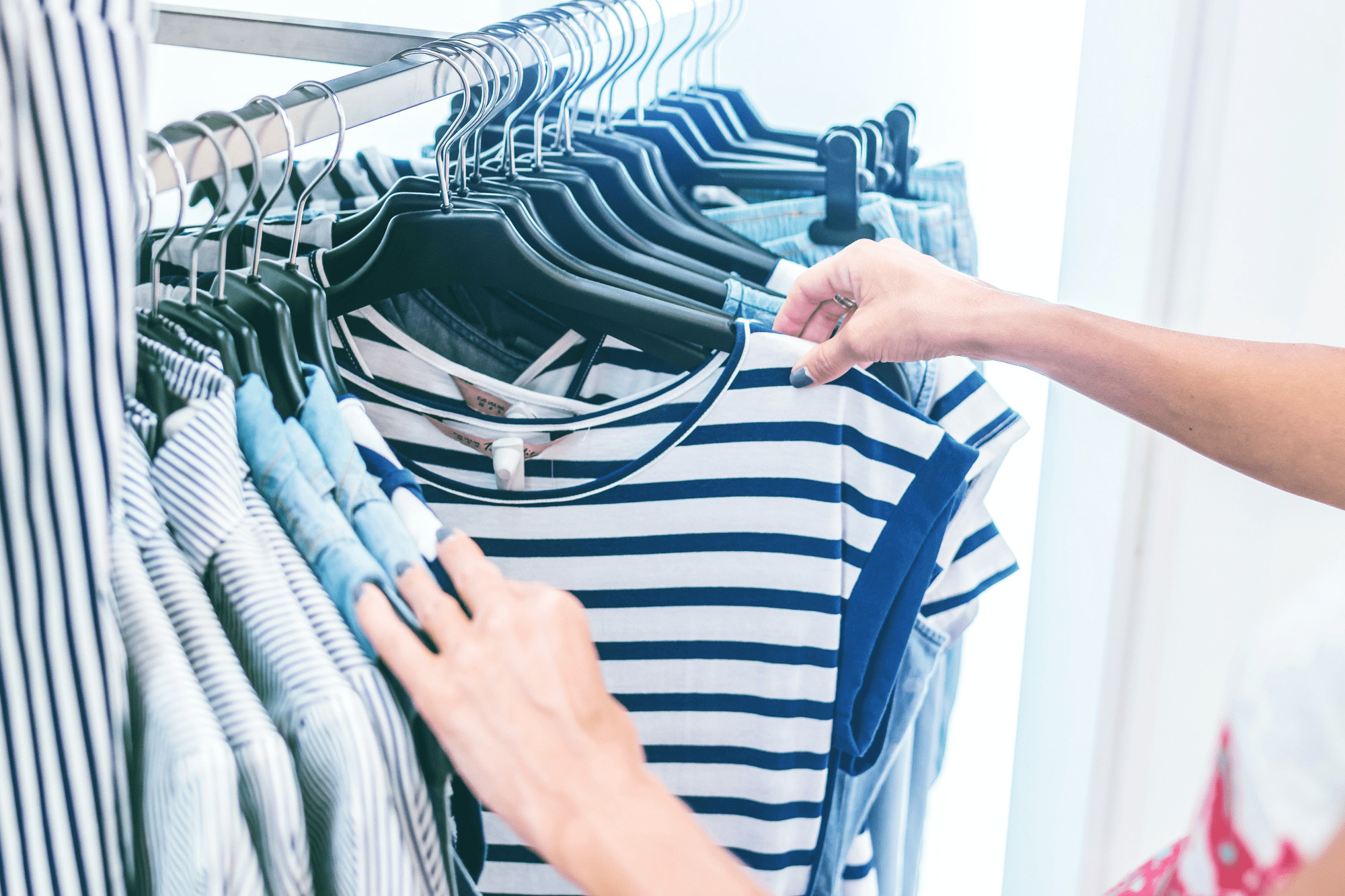 shopping for blue clothes with twitter e-commerce